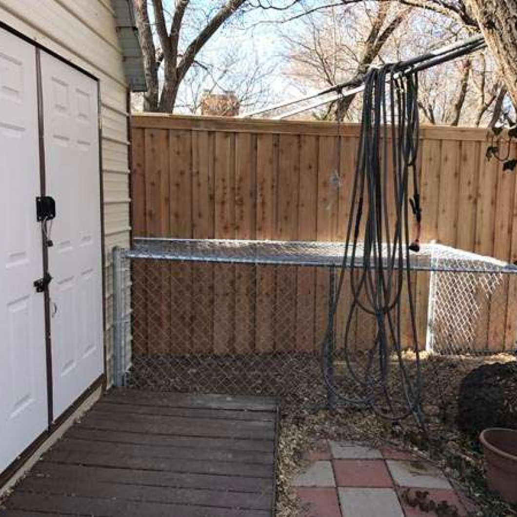 Why do you need an expert for fence removal?