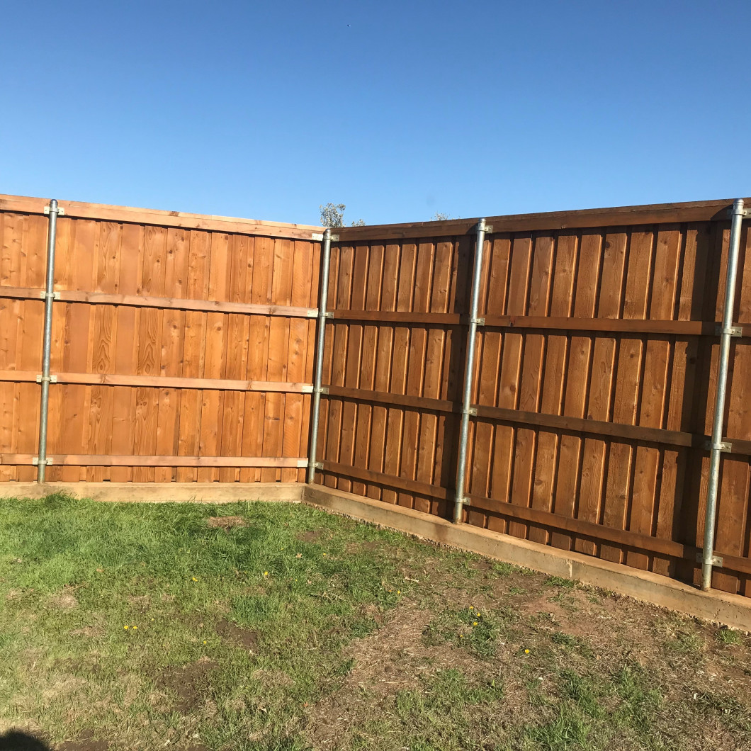 We make fence staining a breeze